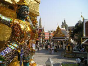 monuments-edifices-eglises-basiliques-palais-temples-visites-touristes-monde-g-01