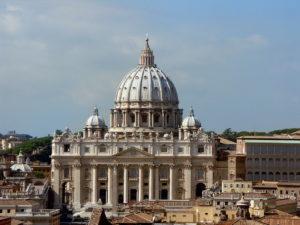 monuments-edifices-eglises-basiliques-palais-temples-visites-touristes-monde-gbiss